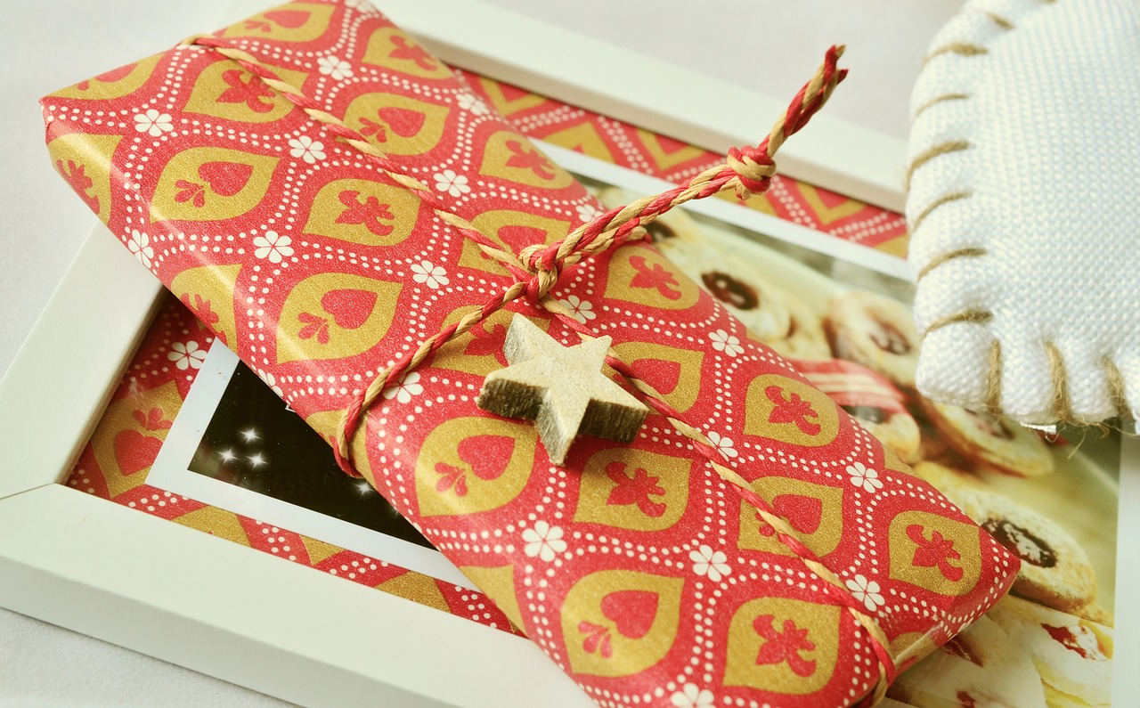 gift-1099751_1280